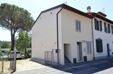 Holiday apartment 867260 for 5 adults + 1 child in Sesto Fiorentino
