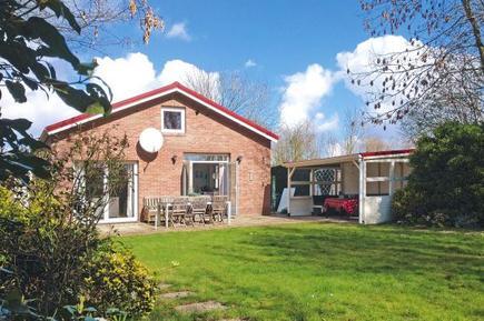 Gemütliches Ferienhaus : Region Zeeland für 8 Personen