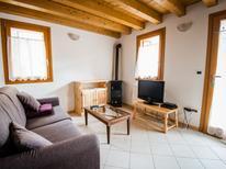 Ferienhaus 870230 für 6 Personen in Barcis