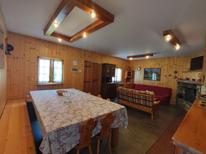 Ferienhaus 870638 für 8 Personen in Porlezza
