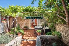 Villa 871091 per 4 persone in Sutivan