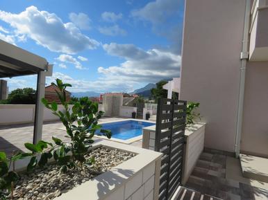 Für 12 Personen: Hübsches Apartment / Ferienwohnung in der Region Makarska Riviera