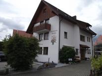 Ferienwohnung 872835 für 9 Personen in Sipplingen