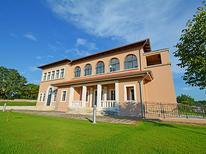 Ferienhaus 874605 für 22 Personen in Tinjan