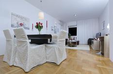 Ferienwohnung 875404 für 4 Personen in Makarska