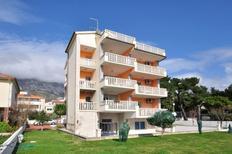 Ferienwohnung 876397 für 8 Personen in Kaštel Gomilica