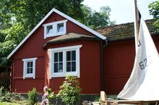 Holiday home 877047 for 3 adults + 1 child in Berlin-Treptow-Köpenick