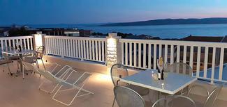 Appartement 878269 voor 5 personen in Baska Voda