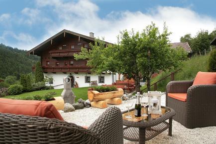 Für 13 Personen: Hübsches Apartment / Ferienwohnung in der Region Salzburger Land