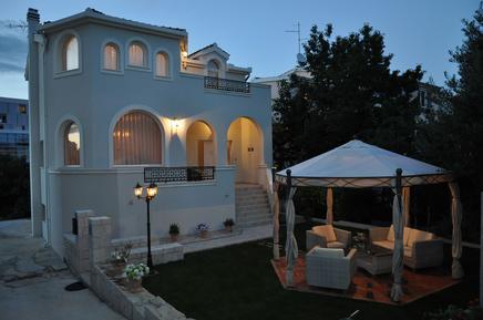 Gemütliches Ferienhaus : Region Split für 7 Personen