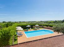 Vakantiehuis 880076 voor 12 personen in Ortona
