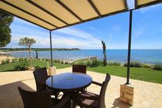 Holiday apartment 880115 for 4 persons in Novigrad