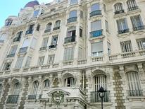 Ferienwohnung 881136 für 2 Personen in Nizza