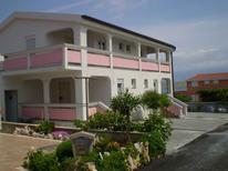 Appartement 881384 voor 5 personen in Vir