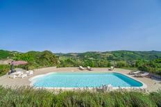 Vakantiehuis 883468 voor 10 volwassenen + 4 kinderen in Belforte all'Isauro