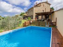 Villa 883629 per 10 persone in Civitella in Val di Chiana