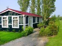 Villa 883652 per 4 persone in Den Oever