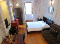 Studio 884686 für 4 Personen in Kotor