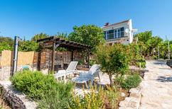 Ferienhaus 885005 für 8 Personen in Loviste