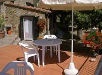 Semesterlägenhet 885625 för 2 personer i Greve in Chianti