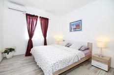 Appartamento 887008 per 5 persone in Spalato