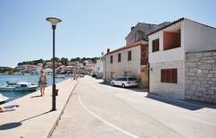 Ferienwohnung 889146 für 4 Personen in Tisno