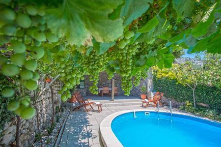 Gemütliches Ferienhaus : Region Kvarner Bucht für 8 Personen