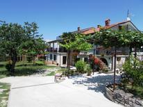 Appartement 889648 voor 6 personen in Punta