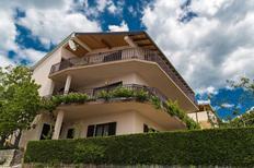Appartamento 893063 per 8 persone in Crikvenica