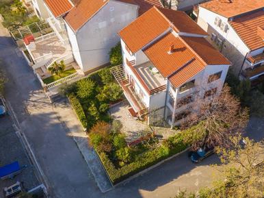 Für 3 Personen: Hübsches Apartment / Ferienwohnung in der Region Vodice