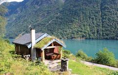 Ferienhaus 895210 für 4 Erwachsene + 2 Kinder in Fjærland