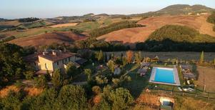 Holiday apartment 896104 for 5 persons in Casole d'Elsa
