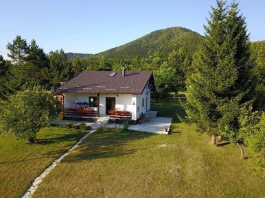Gemütliches Ferienhaus : Region Brac für 6 Personen