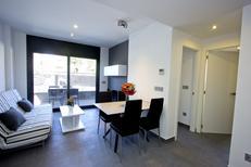 Appartement 897131 voor 4 personen in Roses
