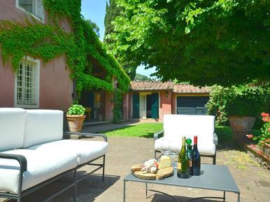 Gemütliches Ferienhaus : Region Lucca für 11 Personen
