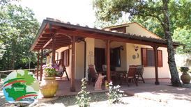 Ferienwohnung 903459 für 4 Erwachsene + 2 Kinder in Monteverdi Marittimo
