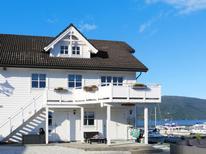 Ferienhaus 906598 für 10 Personen in Bakka