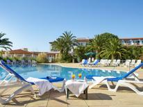 Ferienwohnung 909340 für 3 Personen in Grimaud-Saint-Pons-les-Mûres