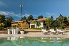 Villa 909410 per 9 persone in San Severino Marche