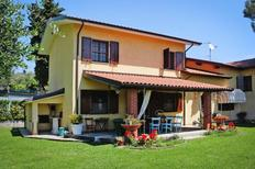 Holiday home 910369 for 6 adults + 1 child in Massarosa