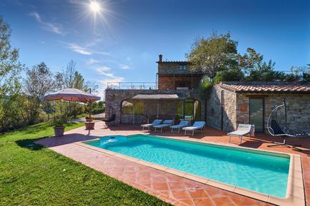 Gemütliches Ferienhaus : Region Gaiole In Chianti für 8 Personen