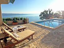 Casa de vacaciones 915981 para 6 personas en Omiš