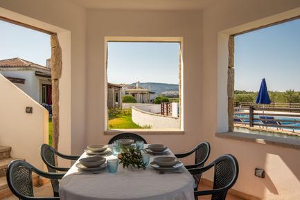 Gemütliches Ferienhaus : Region Alghero für 8 Personen
