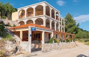 Für 13 Personen: Hübsches Apartment / Ferienwohnung in der Region Dalmatien