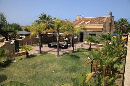 Gemütliches Ferienhaus : Region Cefalù für 9 Personen