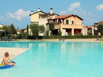 Appartement 925704 voor 6 personen in Peschiera del Garda