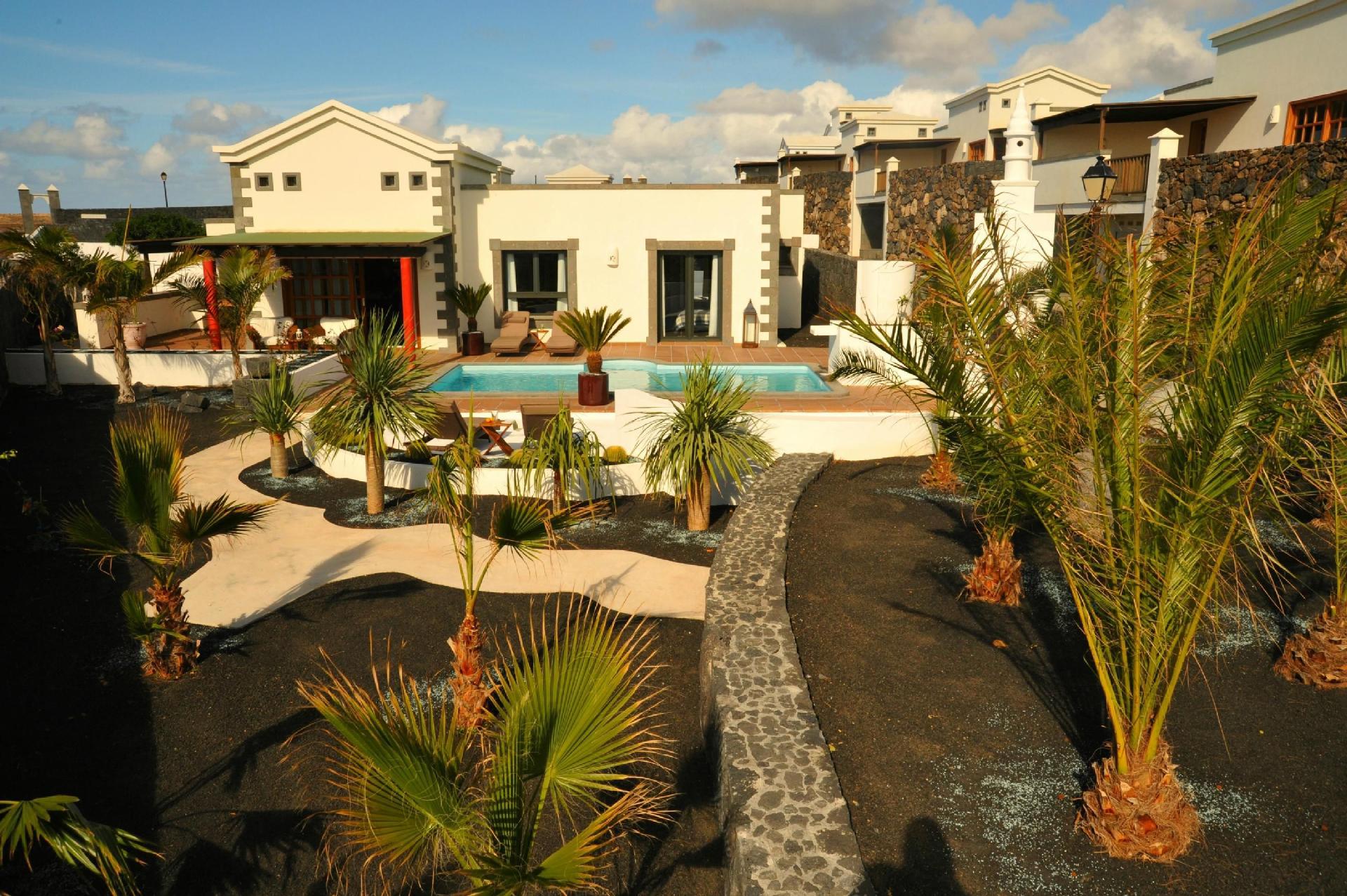 Ferienhaus mit Privatpool für 4 Personen ca.    Lanzarote