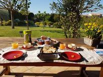 Ferienhaus 931562 für 8 Personen in Saint-Pierre-de-Vassols