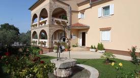 Appartamento 932707 per 4 persone in Malinska-Dubašnica