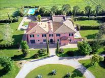Ferienhaus 933585 für 14 Personen in Orbetello